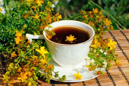 Herbs that improve mood