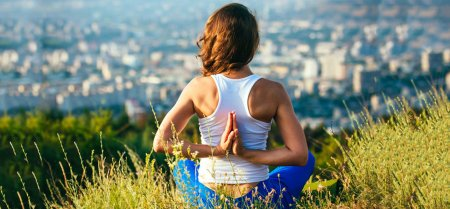 5 Easy Yoga Asanas That Will Cure Your Back Pain Quickly
