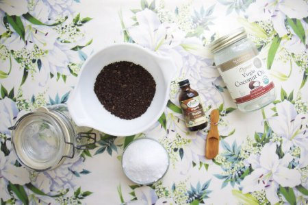 Wake Up With This Coconut + Coffee Body Scrub